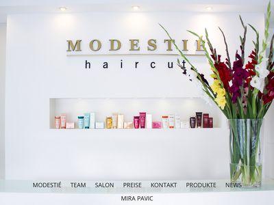 Modestie Haircut