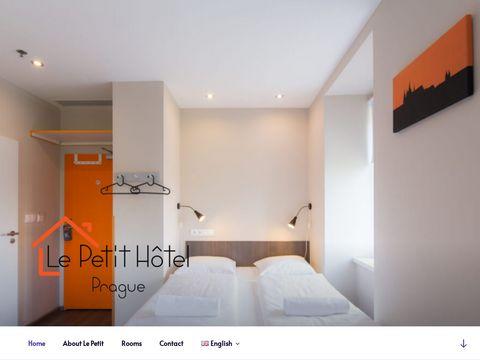 Le Petit Praga Hotel